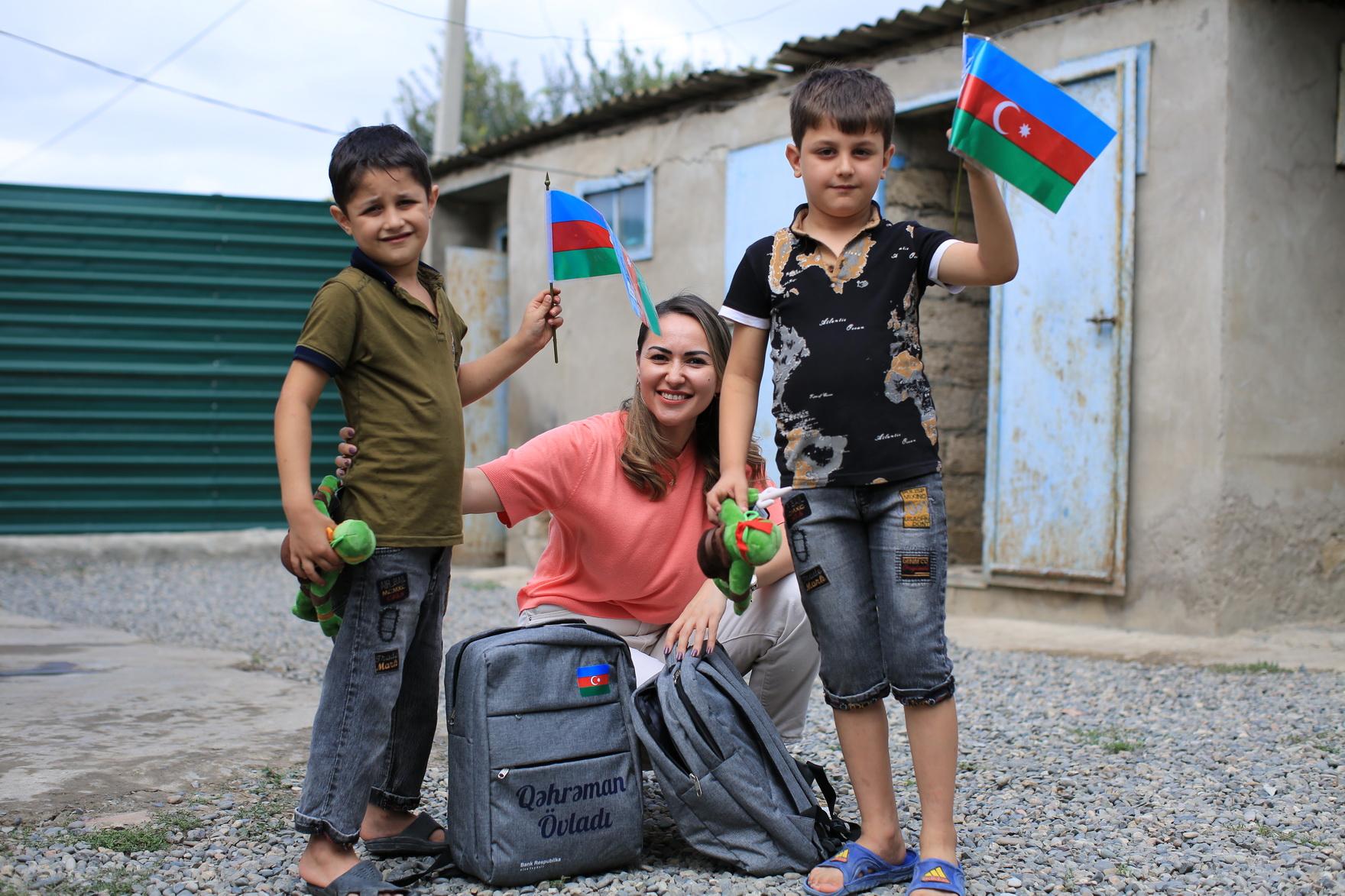 Банк Республика не оставил без внимания детей героев перед новым учебным годом!