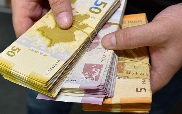 Розничный товарооборот в Азербайджане за 4 месяца превысил 11 млрд манатов