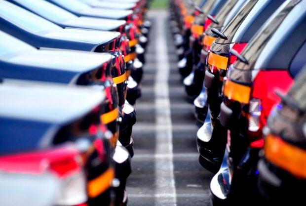Азербайджан почти втрое увеличил импорт автомобилей из Грузии