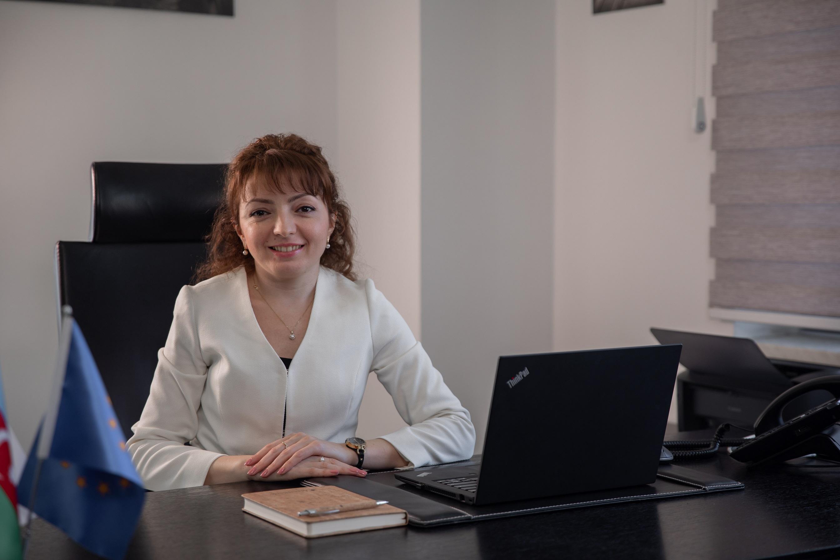 Лица AccessBank: Надежда Гусейнова: «Мы стоим за банк горой»