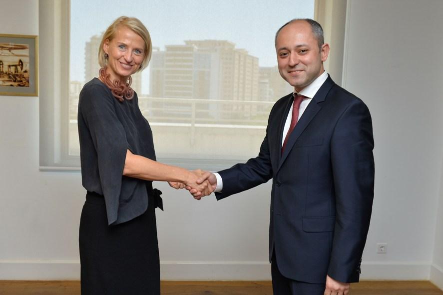 Главный акционер AccessBank-а верит в развитие банка и экономики страны