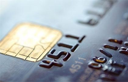 Əhali kredit kartı xəstəliyinə tutulmağa başlayıb