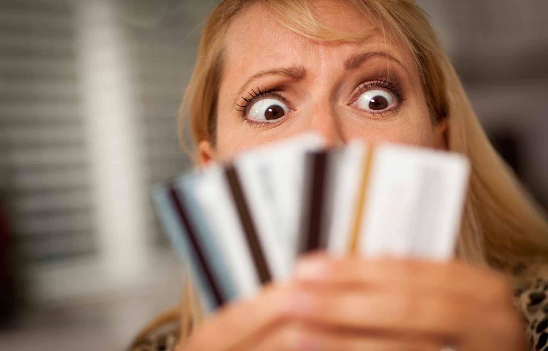 Kredit kartları üzrə borclar depressiya yaradır