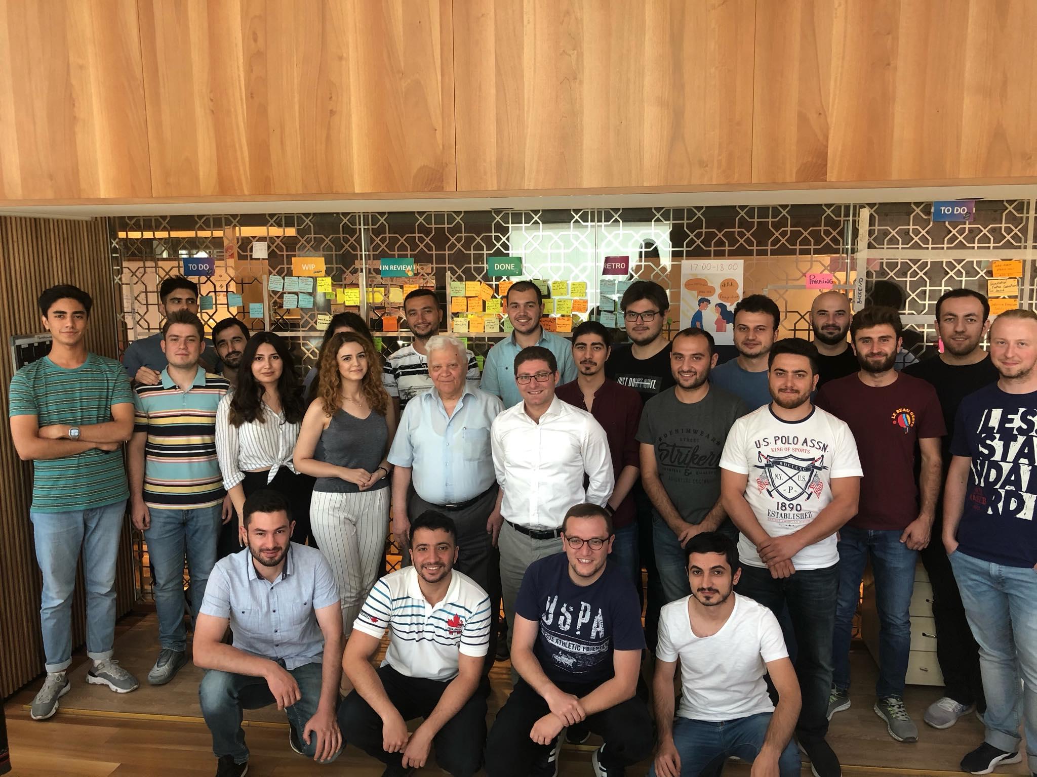 Р. Махмудхзаде: «Первые азербайджанские программисты стали ведущими специалистами в крупных компаниях по всему миру»