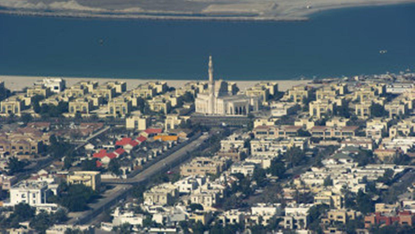 Dubay tarixin 19 min nəfərdən ibarət ən böyük turist qrupunu qəbul edir