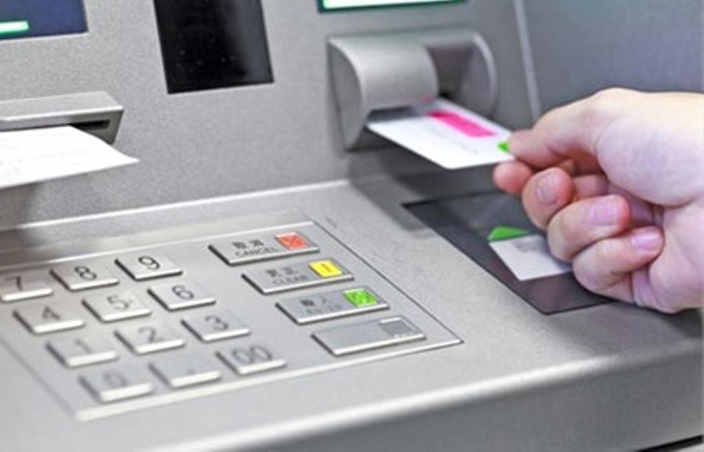 10 ATM-dən 9-u risk altında