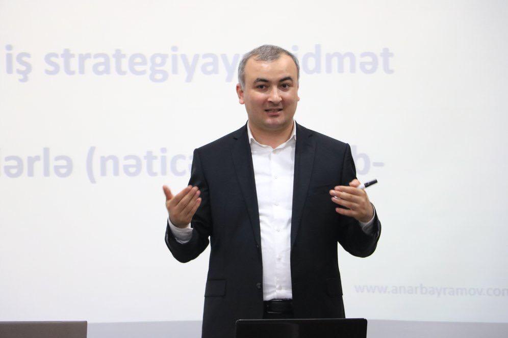 """Anar Bayramov: """"Rəhbərdən qorxan işçi şirkəti geriyə atır"""""""