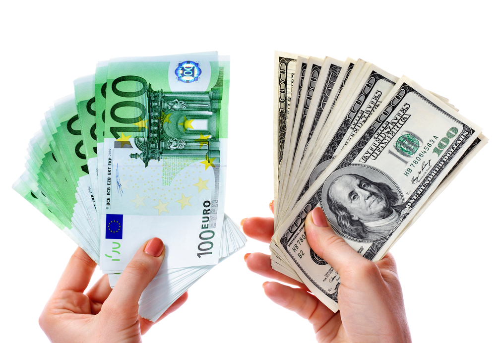 Azərbaycanda dollar bahalaşıb, avro ucuzlaşıb