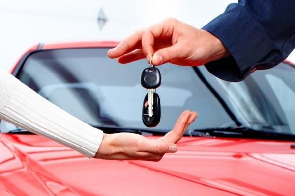 Avtomobil lizinqi yoxsa avtomobil krediti?