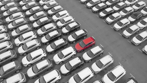 Azərbaycana avtomobil idxalı artmaqda davam edir