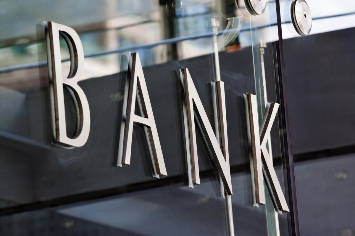 Banklarımızın faiz gəlirləri üzrə renkinqi (TOP-10)