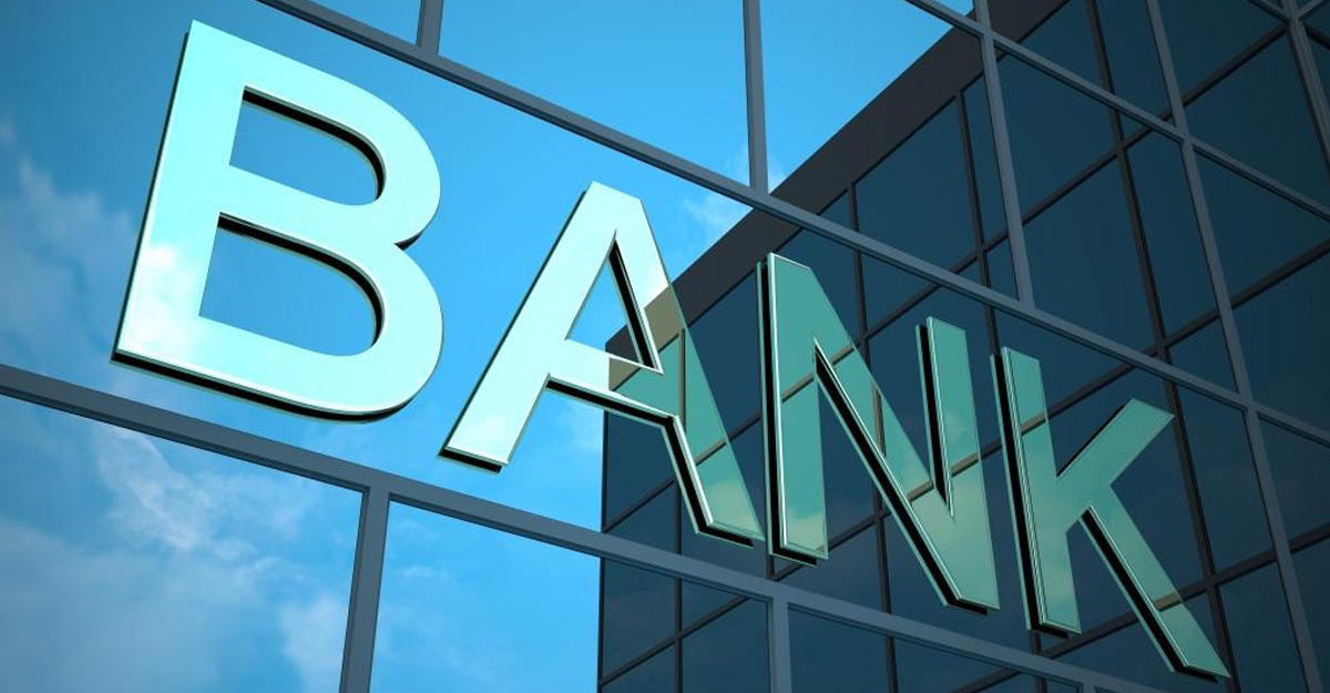 10 bankın xüsusi ehtiyatlara ayırmaları azalıb