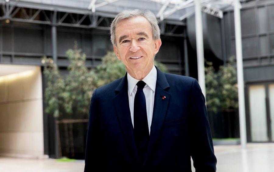 Fransız milyarder 100 milyard dollar sərvəti necə toplayıb?