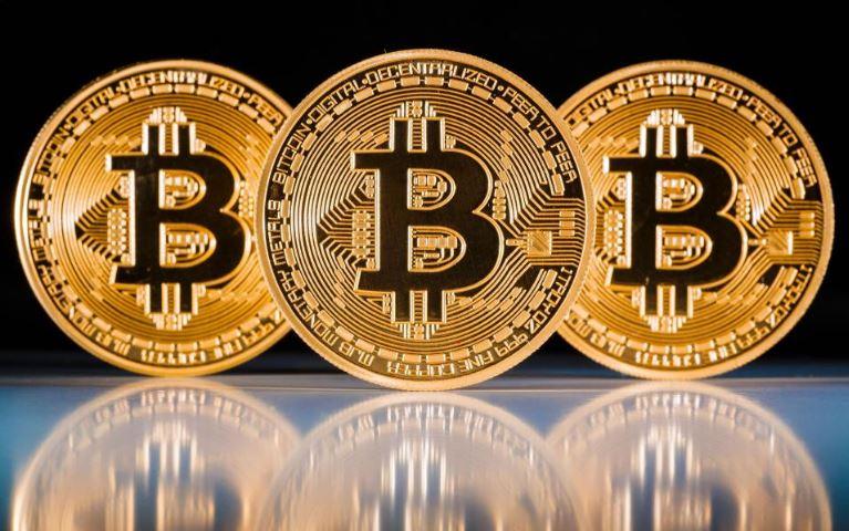 Bitkoin ilk dəfə mütəşəkkil maliyyə bazarında alqı-satqı etmək hüququ qazanıb