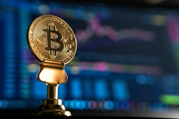 Bitcoin bahalaşdı
