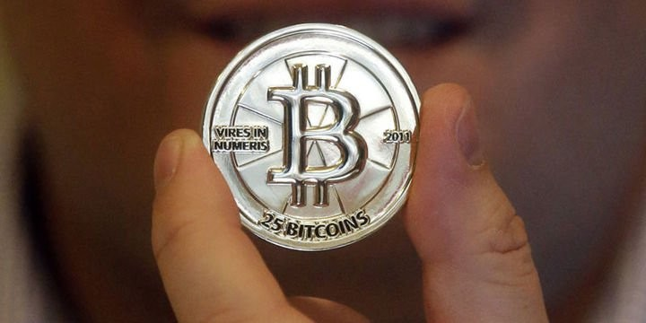 Bitkoin yenidən 12 min dollara yaxınlaşır
