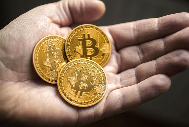Proqnoz: Bitkoin 300-400 min dollara kimi bahalaşacaq