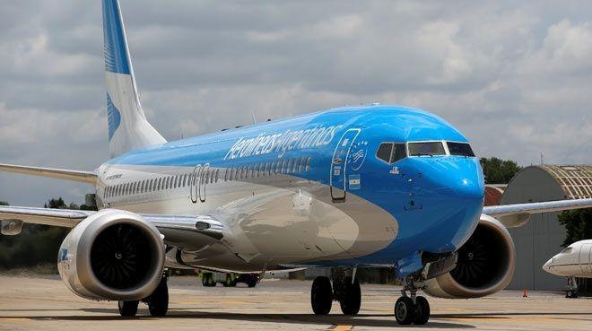 """""""Boeing""""in səhmləri sürətlə ucuzlaşır"""