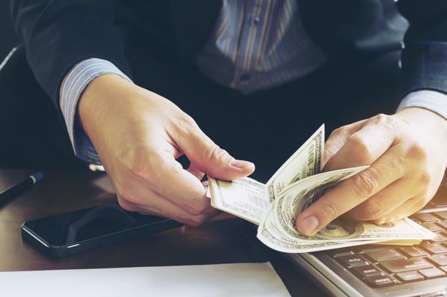 Biznes depozitləri ən sərfəli olan banklar - ARAŞDIRMA