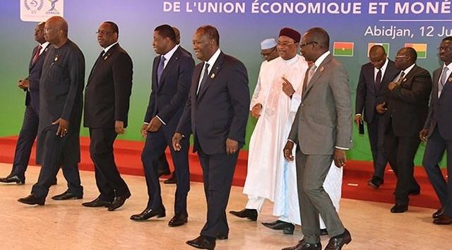 Afrikanın 14 ölkəsi Fransa Mərkəz Bankındakı pullarını geri çəkir