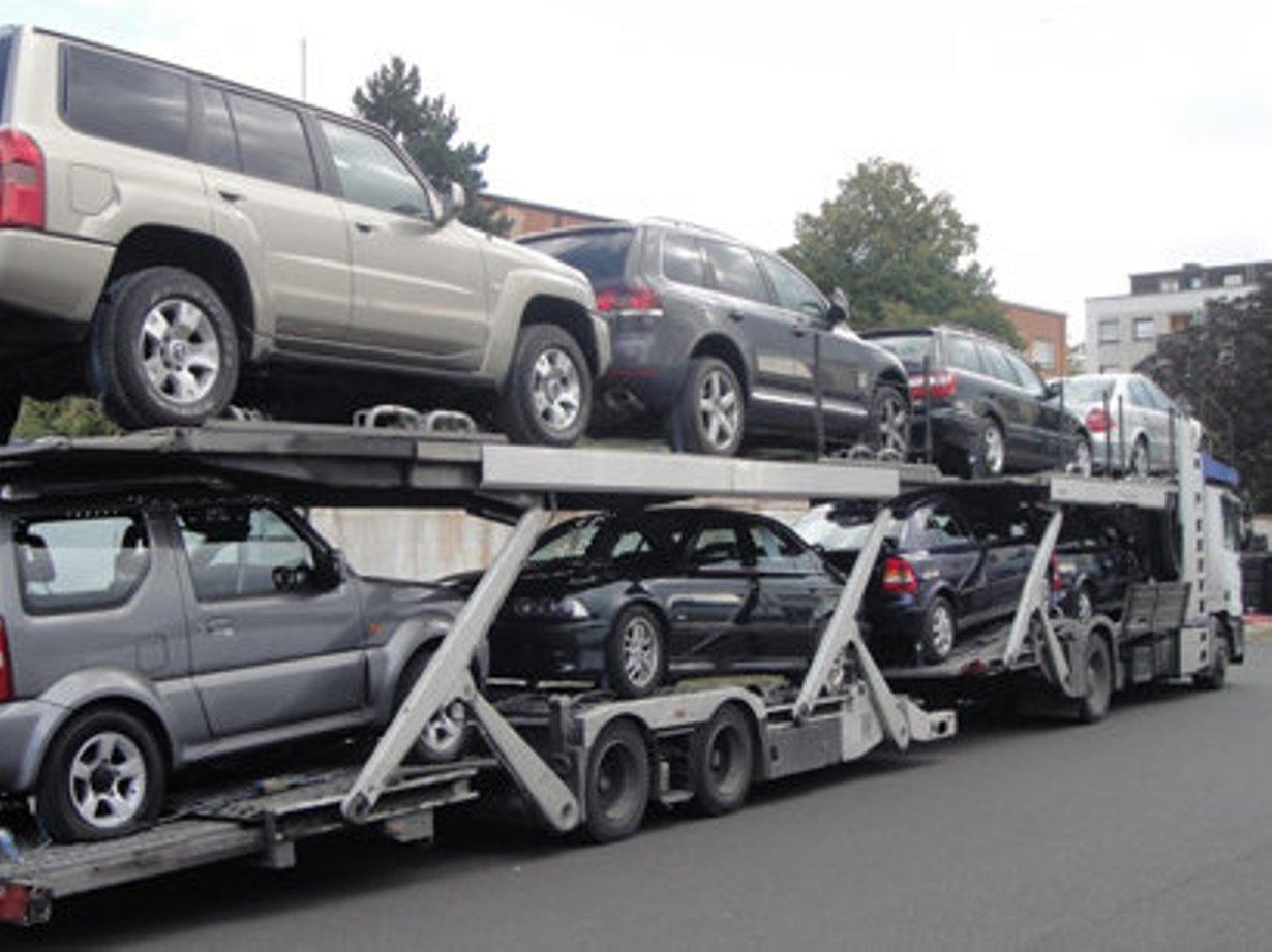 Azərbaycan yanvar-fevral aylarında avtomobil idxalını 6 faiz azaldıb