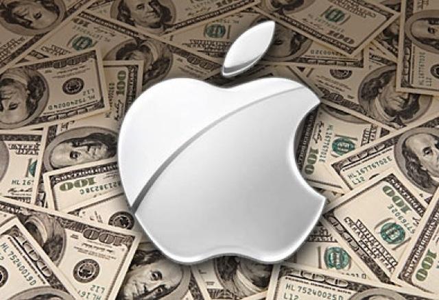 На падающем рынке Баффетт распродавал акции Apple и скупал бумаги американских банков