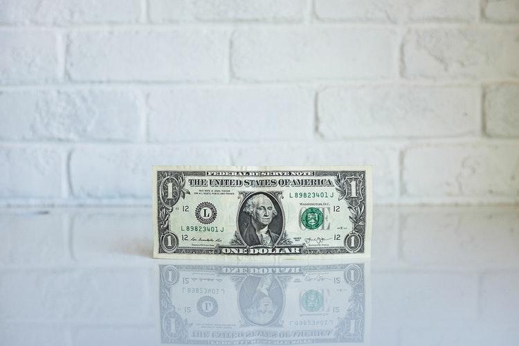 Dollarda ucuzlaşma dərinləşə bilər