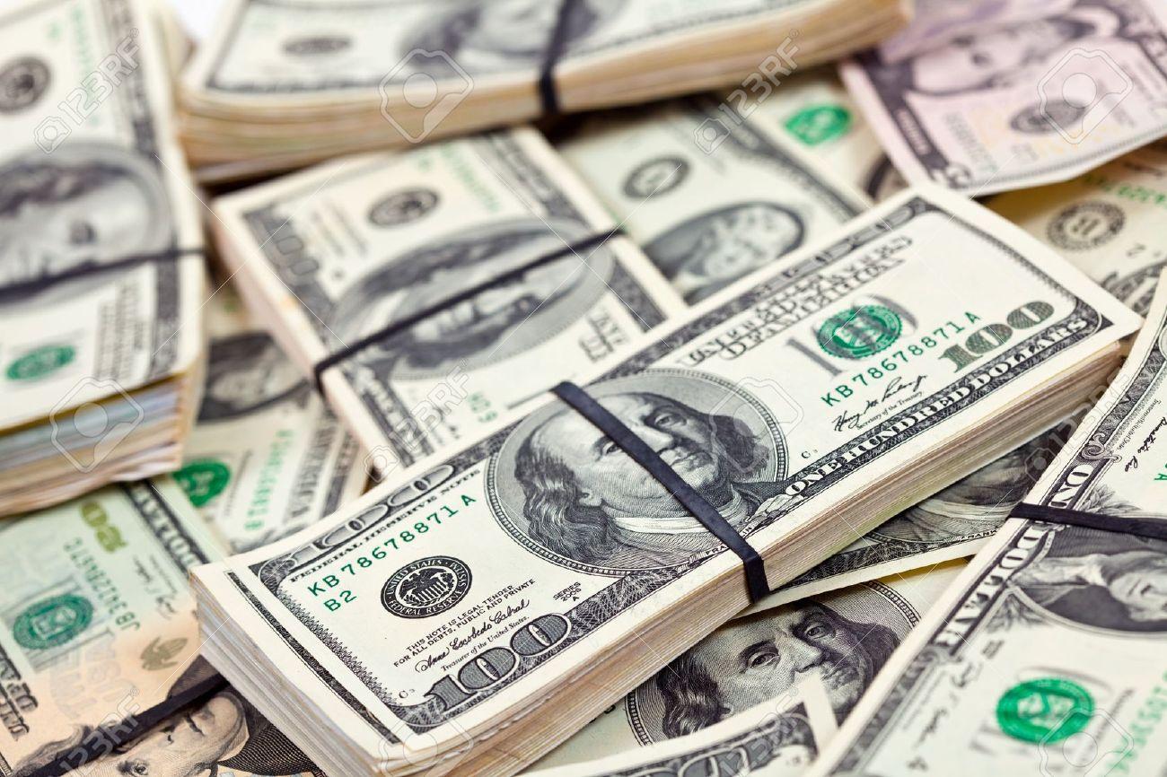 """Analitik: """"ABŞ dövlət borcunun artması dolları bahalaşdıracaq"""""""