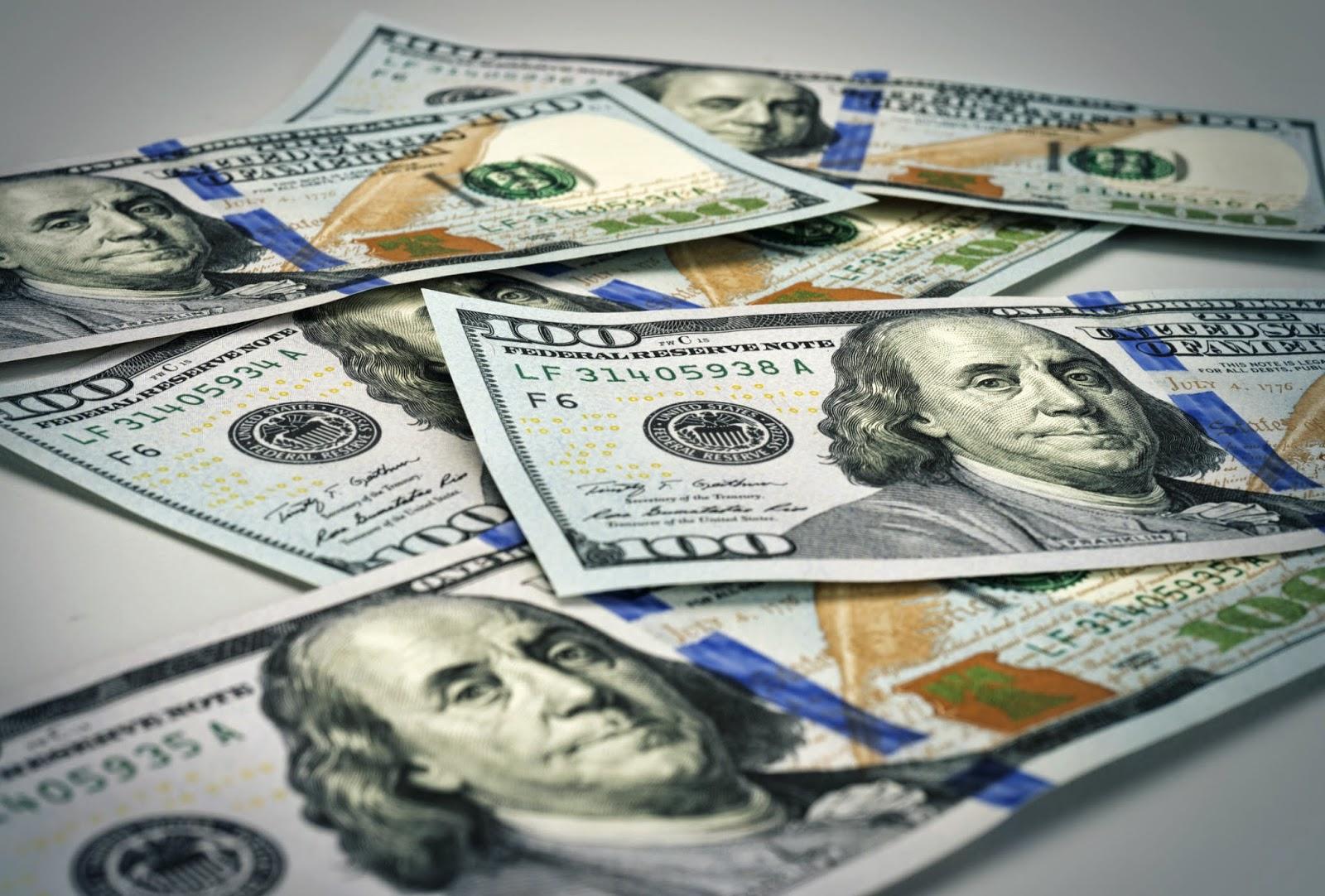 Dollar necə bərkidi?! (VİDEO)