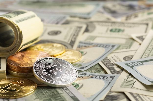 Dollar təzyiq altında, Bitkoində yeni maksimumlar