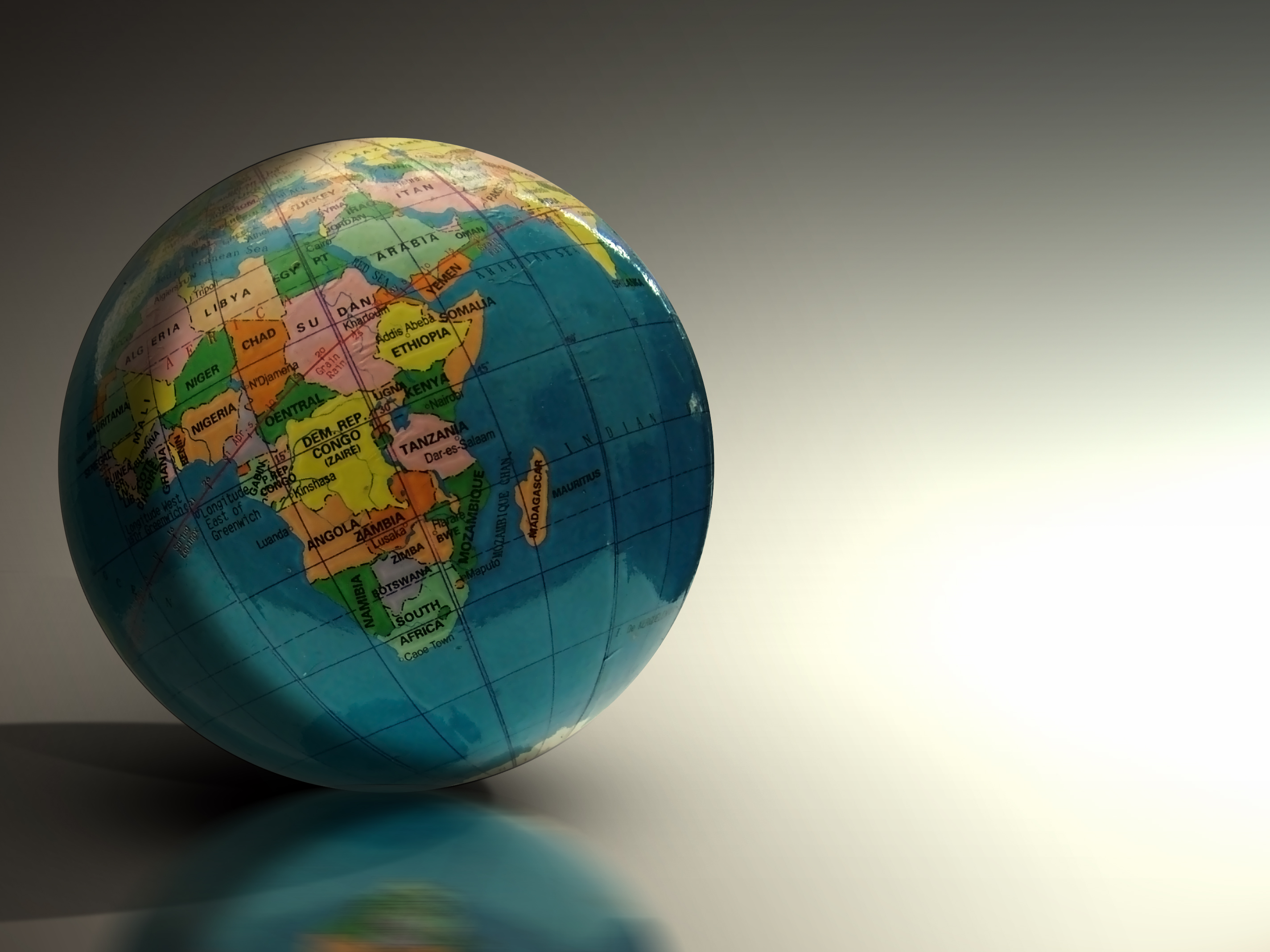 Dünya iqtisadiyyatını 2015-ci ildə gözləyən 10 risk