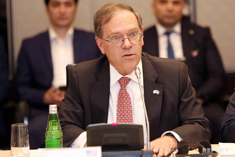 Посол США: Азербайджан добился экономического прогресса