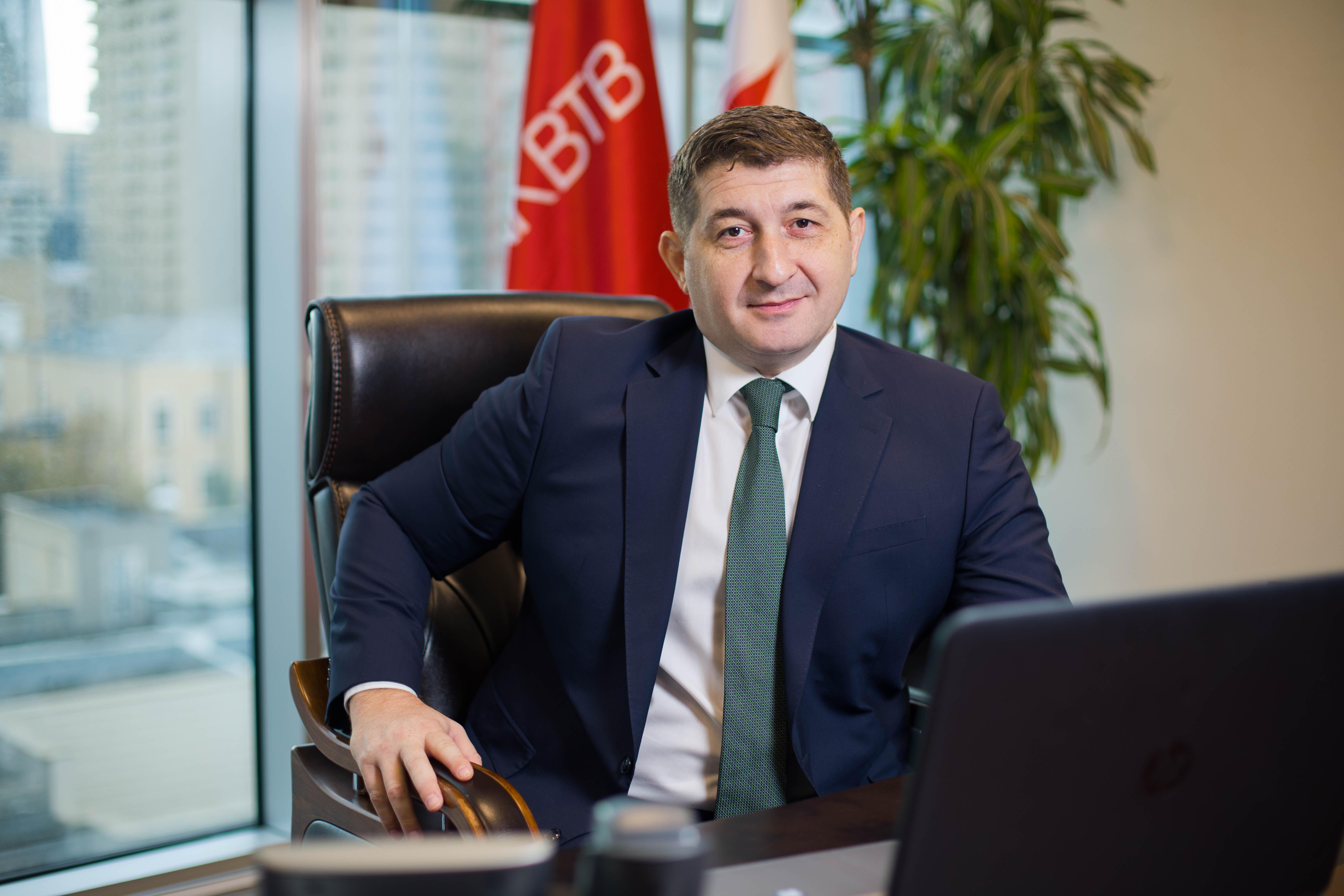 Эмиль Рзаев:Bank ВТB - банк, который совершенствуется и развиваетсяс каждым последующим шагом