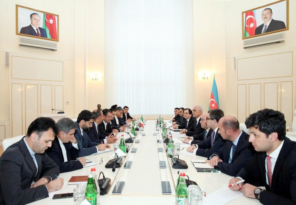 Министр: Иран инвестировал в экономику Азербайджана 3,4 млрд долларов