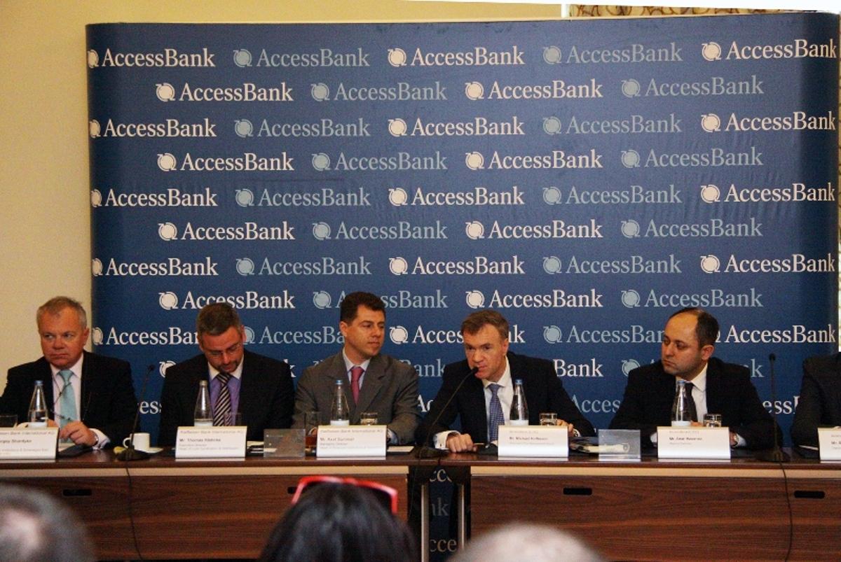 AccessBank daha 60 milyon ABŞ dolları dəyərində kredit cəlb etdi