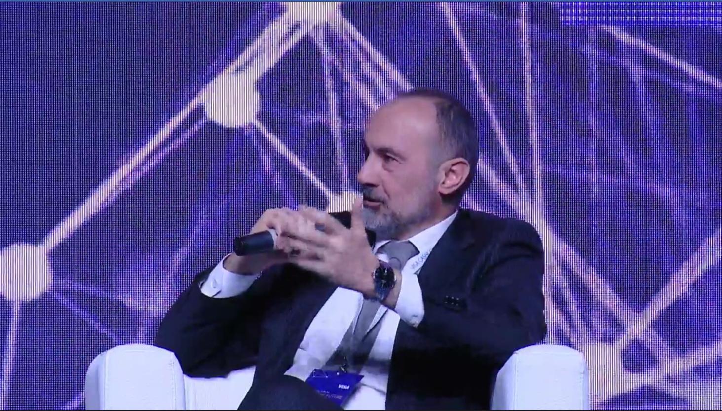 """""""Bank Respublika""""nın Open APİ layihəsi beynəlxalq forumda təqdim olunub"""