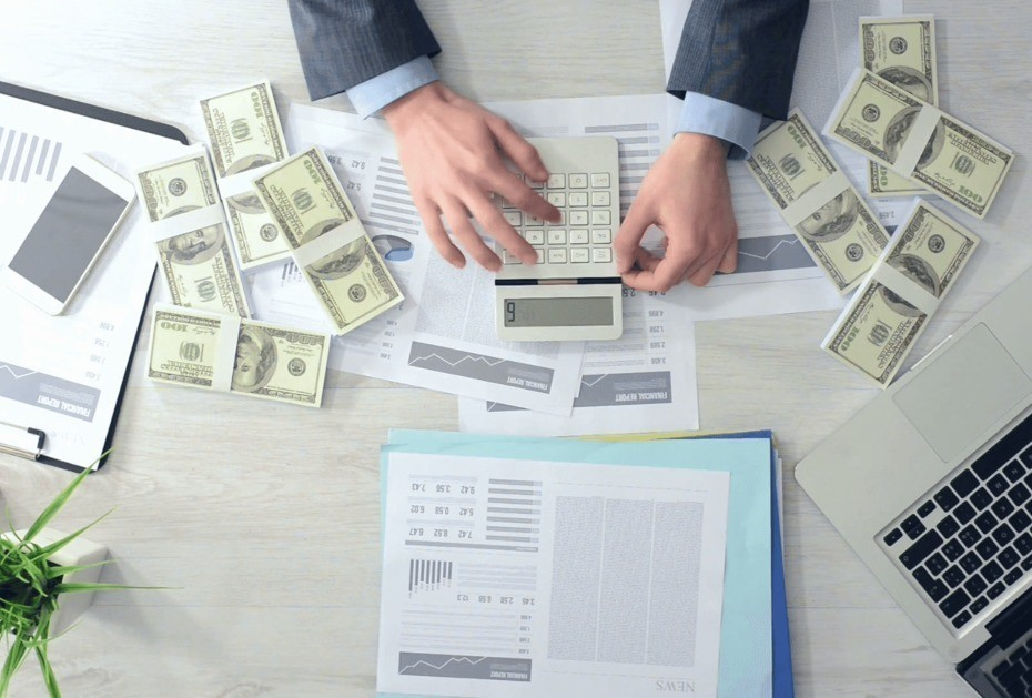 Azərbaycan bankları cari rübdə nə qədər xarici valyuta alıb-satıb?