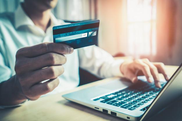 Bank kartları üzərindəki CVV/CVC şifrə nədir?