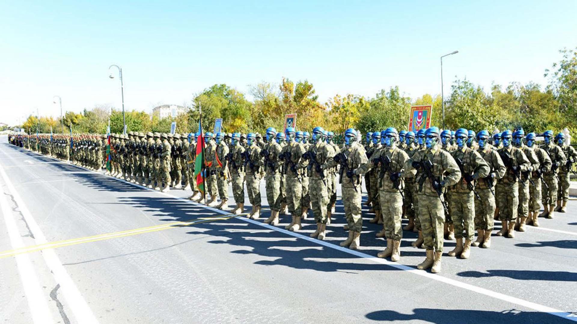 Keçmiş hərbi qulluqçular və xüsusi rütbəsi olan polis əməkdaşlarının pensiyaları artırılıb