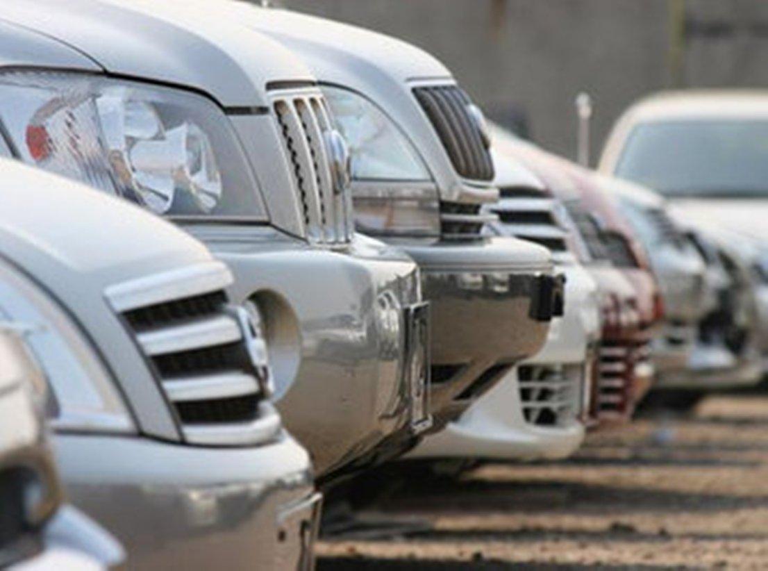 Avtomobillərin satışında çətinliklər yaranıb.