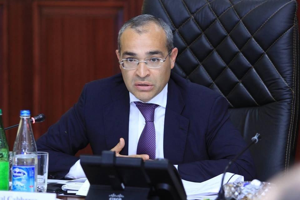 """""""Qeyri-neft sektorunun ÜDM-də xüsusi çəkisi 70 %-i ötüb"""""""