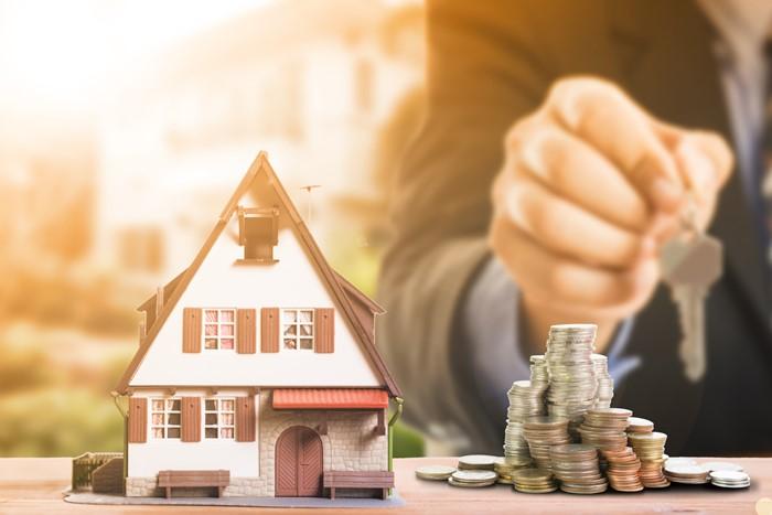Hansı milyonerlər ucuz evdə yaşayır?