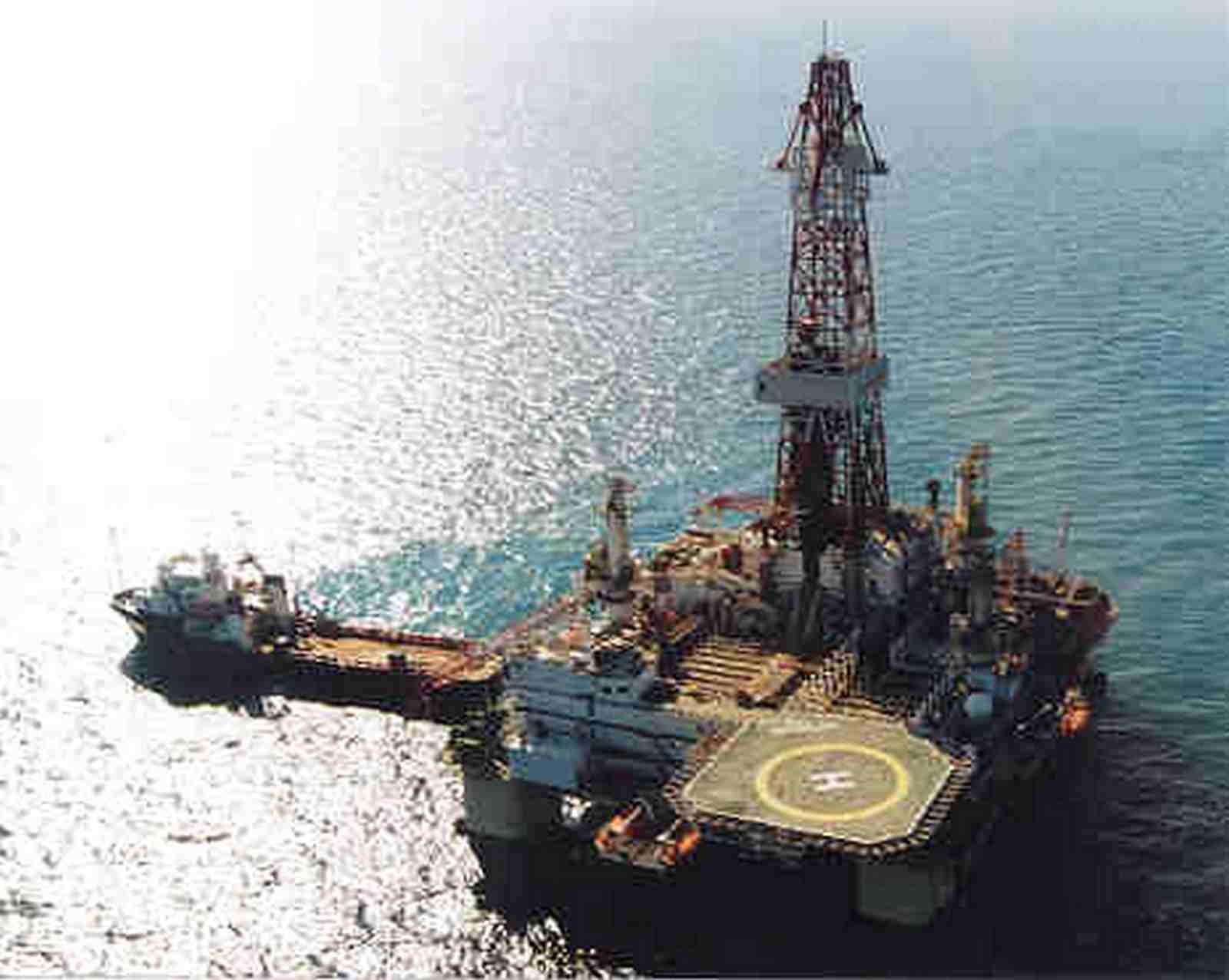 Dünya bazarında neft bahalaşdı