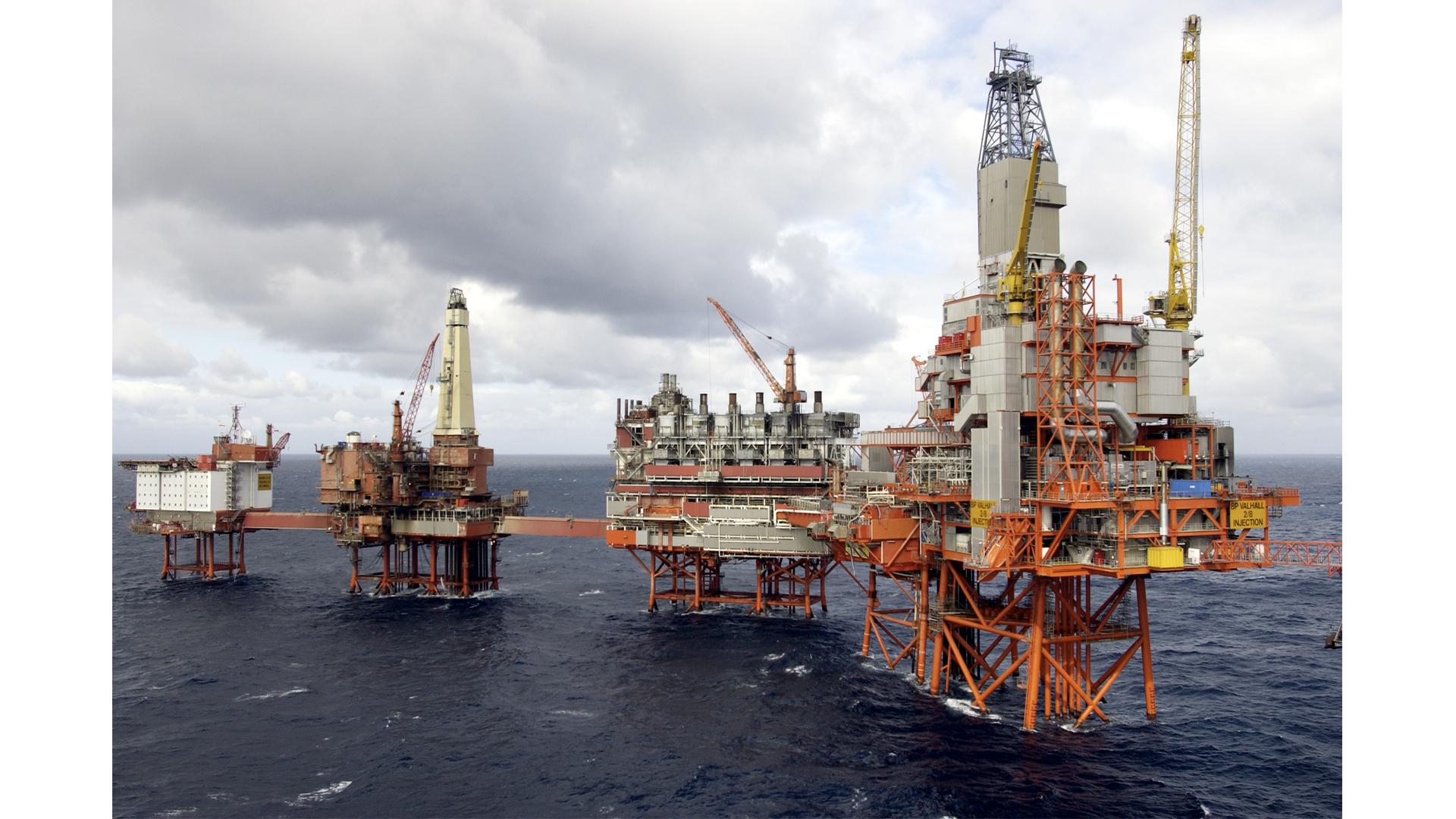 Ukrayna vasitəsilə Rusiya neftinin Avropaya nəqli yenidən dayandırıldı