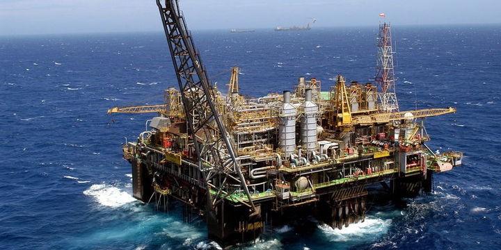 Qlobal neft hasilatı artıb