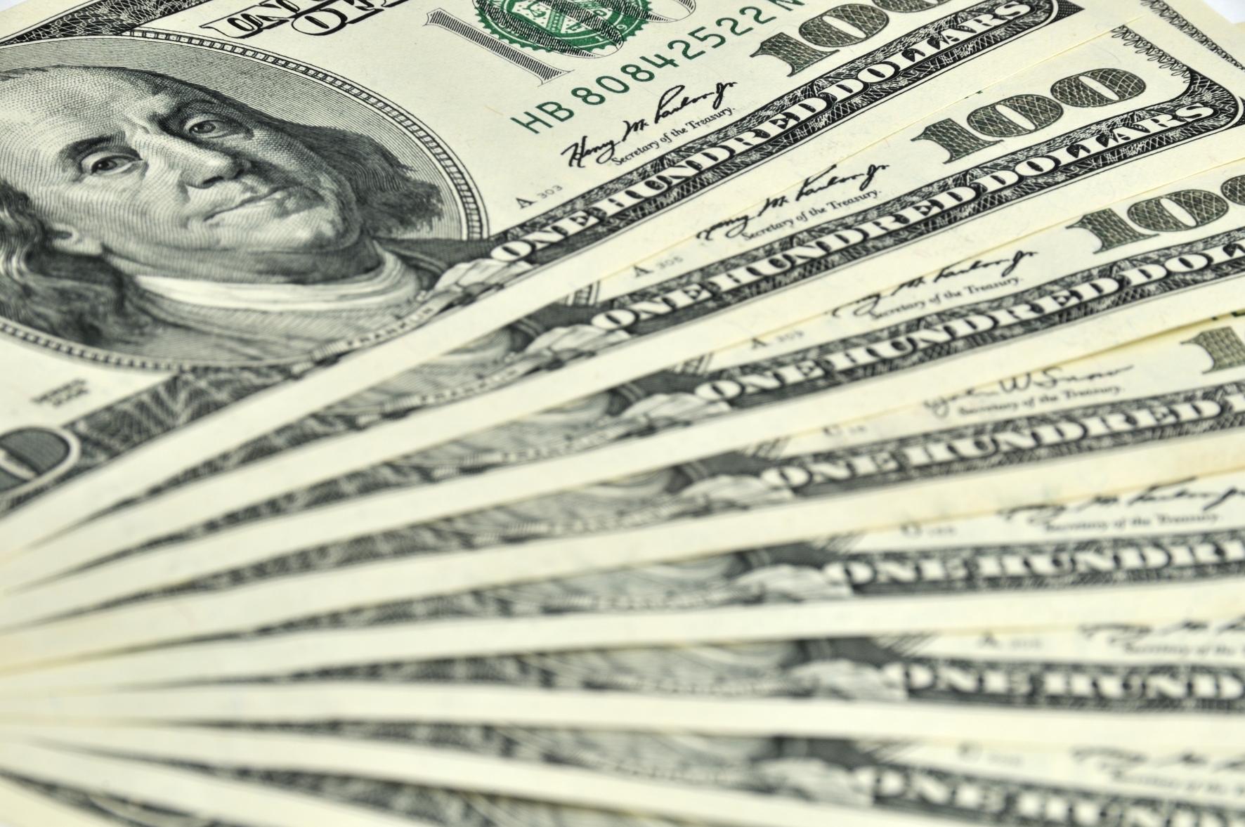 50 bankın aktivi 187 ölkəyə bədəldir