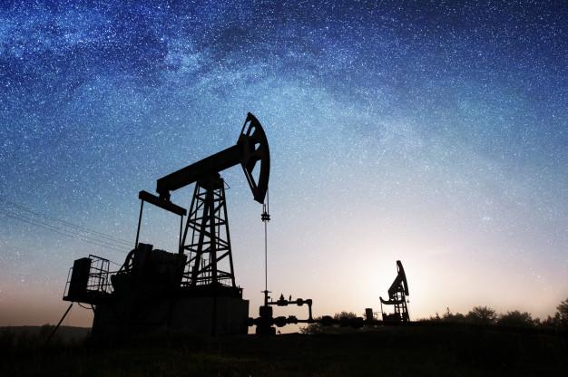 Azərbaycanda noyabrda gündəlik neft hasilatı 776 min barrel olub