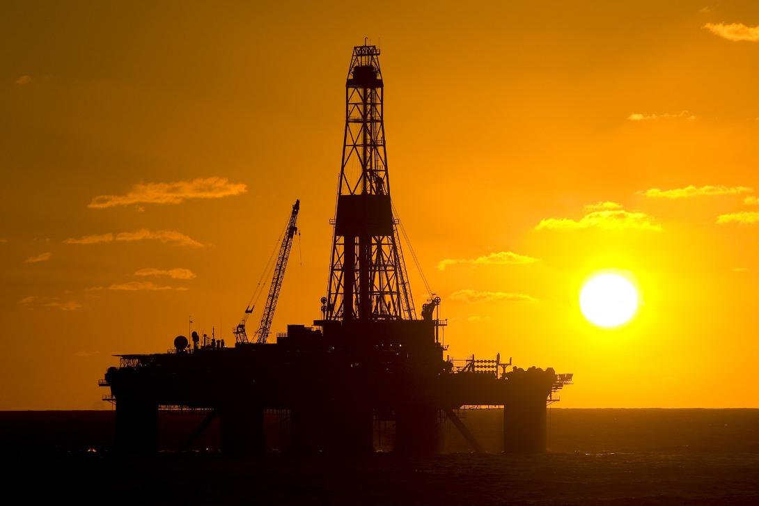 Dünya bazarında neft ucuzlaşmaqda davam edir