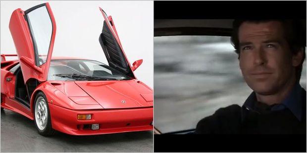 Ceyms Bond haqqında filmdən olan avtomobil satışa çıxarılıb