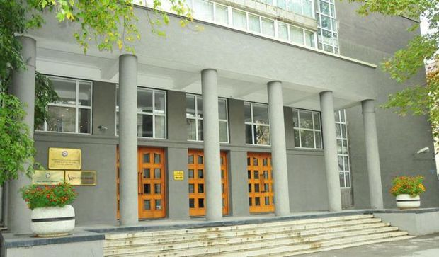 Azərbaycanda ilk dəfə beynəlxalq maliyyə institutu manatla istiqraz buraxır